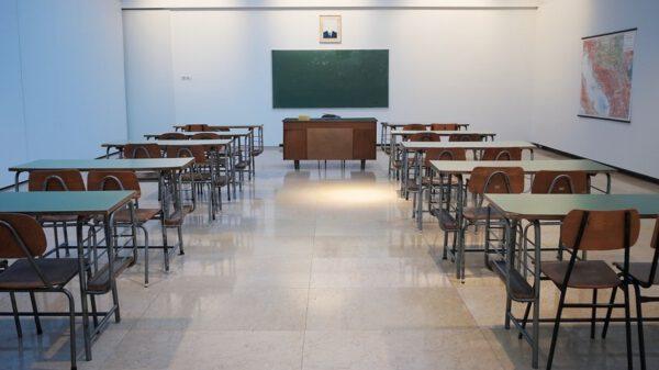 Homeschooling_leeres Klassenzimmer